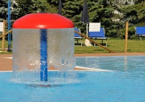 Giochi piscina Siracusa